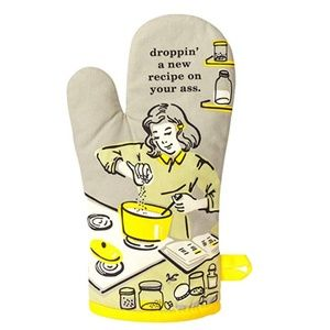 NWT Blue Q Oven Mitt Dropping a New Recipe chef